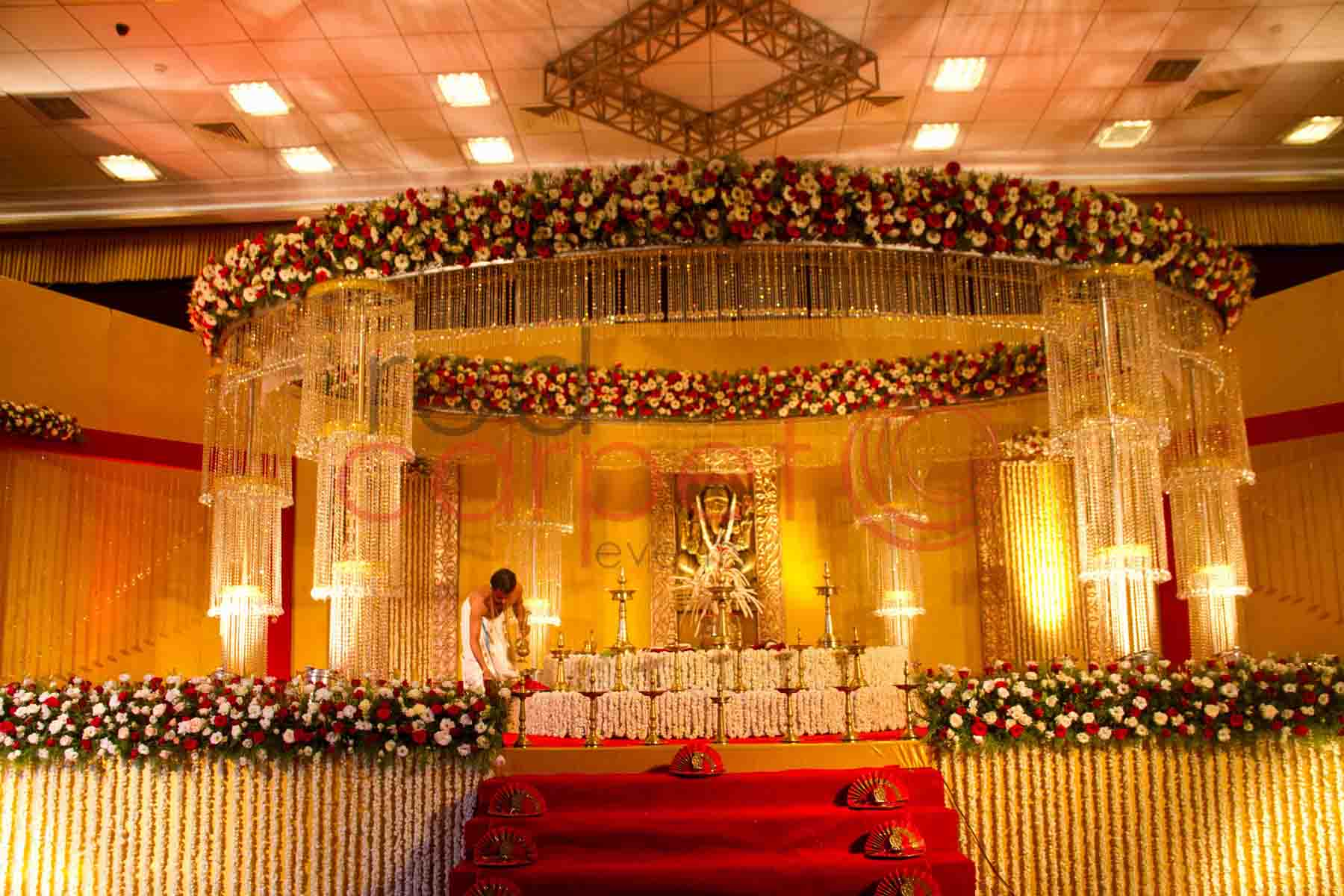 Hindu decoration simply south wedding for Muslim wedding home decorations