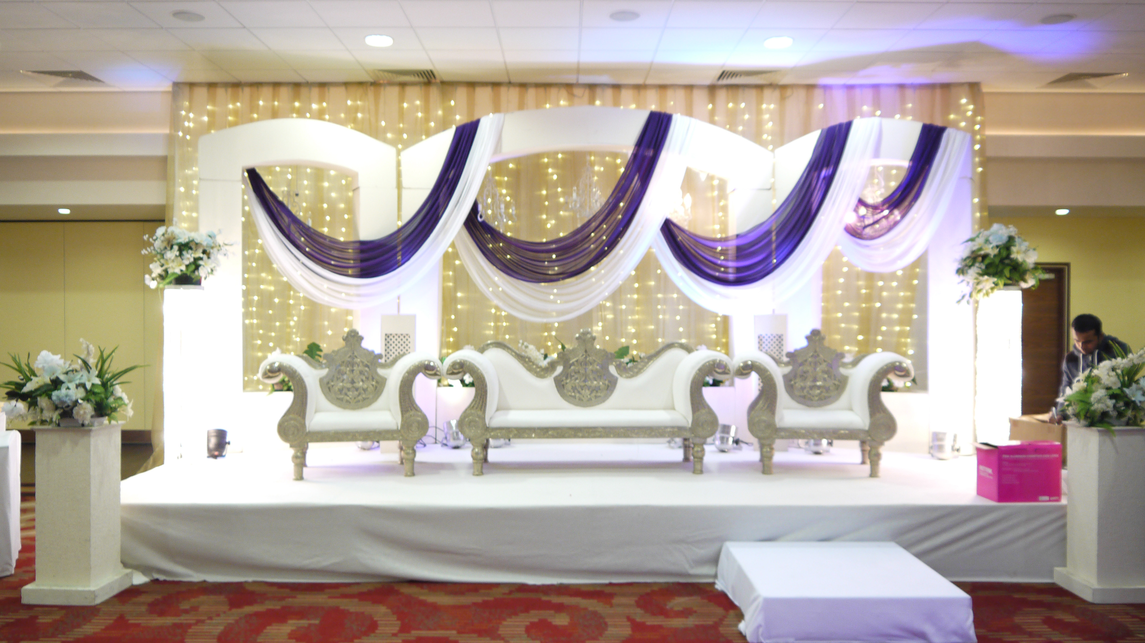 Royal Decoration Simply South Wedding